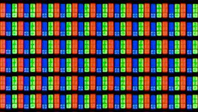 TCL P607 Pixels Picture