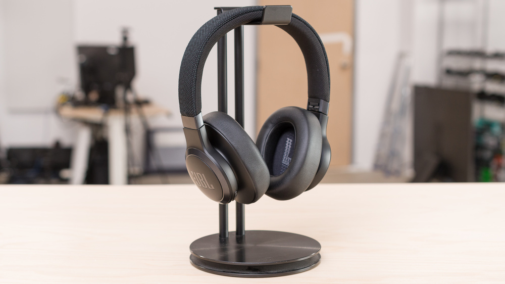 JBL Live 660NC Wireless Picture