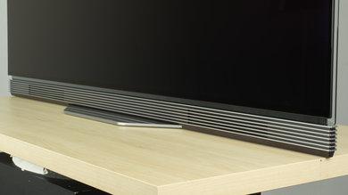 LG E7P Stand Picture