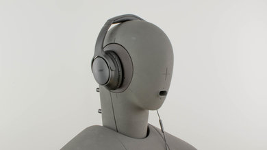 Bose SoundTrue Around-Ear II Angled Picture