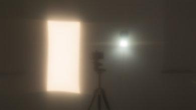 Samsung RU7100 Bright Room Off Picture