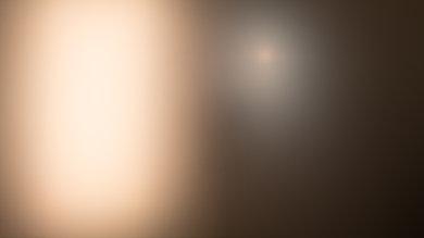Dell U2717D Bright room off picture