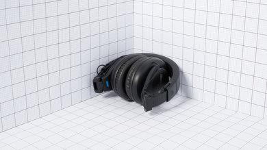 Shure SRH440 Portability Picture