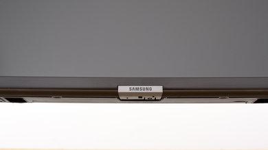 Samsung RU7300 Controls Picture