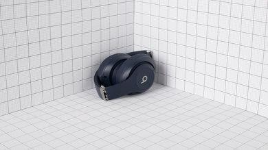 Beats Studio3 Wireless Portability Picture