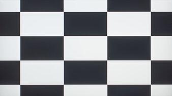 Dell UltraSharp U2720Q Checkerboard Picture