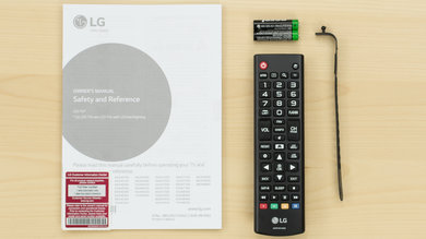 LG UH6150 In The Box Picture