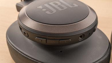 JBL Live 650 BTNC Wireless Controls Picture