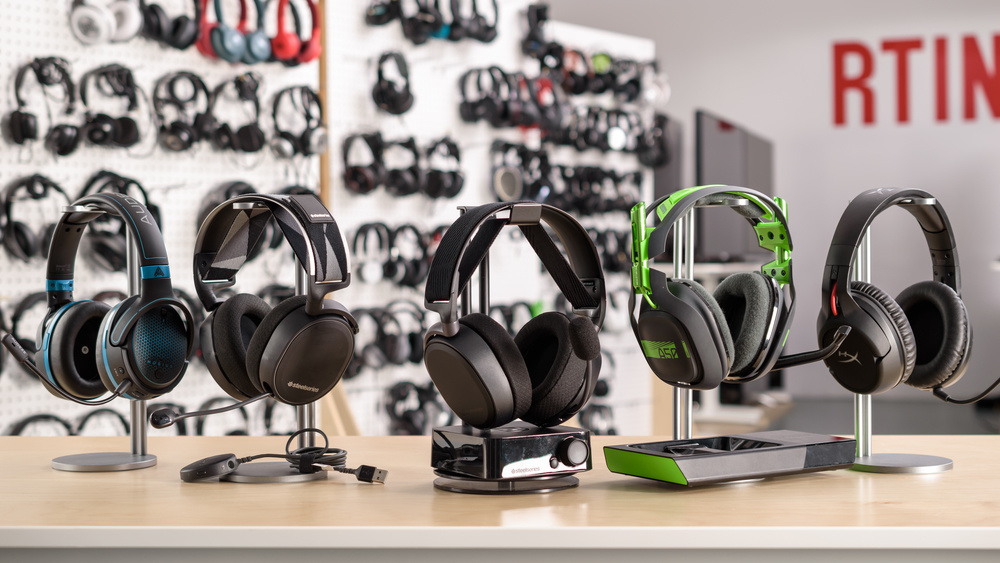 SteelSeries Arctis Pro Wireless Compare Picture