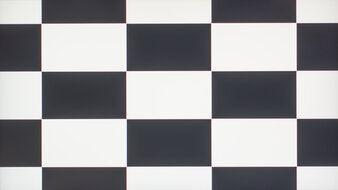 LG 27GN800-B Checkerboard Picture