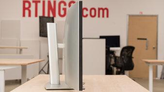 Dell UltraSharp U4021QW Thickness Picture