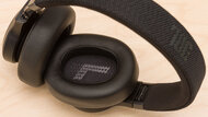 JBL Live 660NC Wireless Comfort Picture