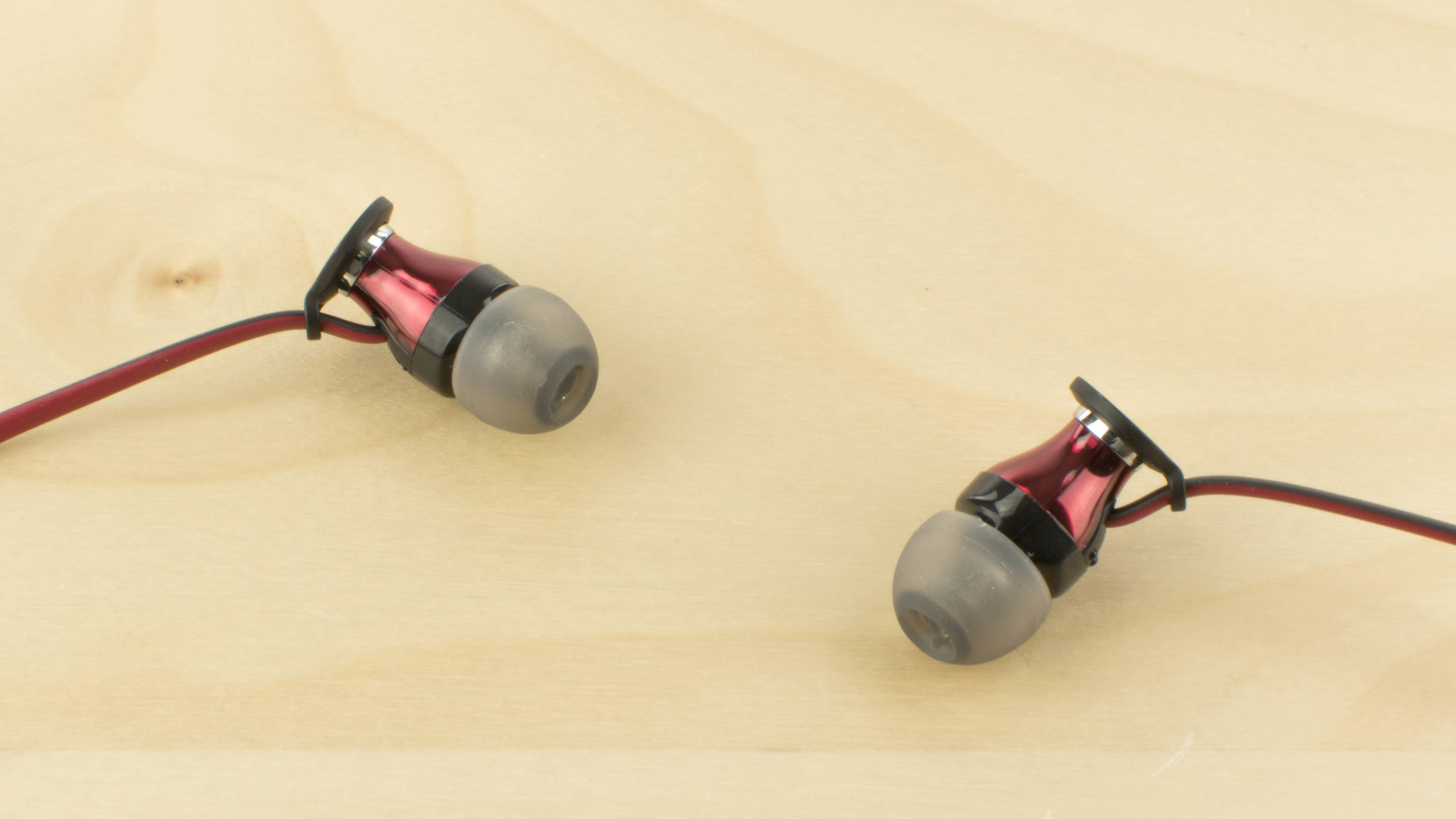 Sennheiser Hd1 In Ear Momentum Review I Comfort Picture