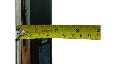 Samsung F8500 Thickness