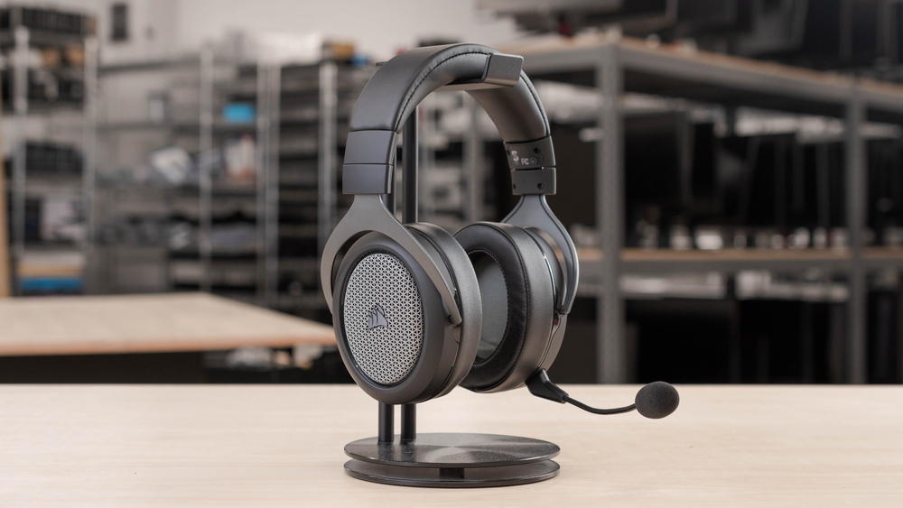 Corsair HS75 XB WIRELESS Gaming Headset Picture