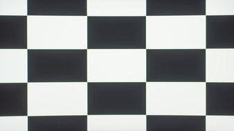 Dell S3221QS Checkerboard Picture
