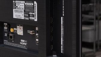 LG 48 CX OLED Inputs 2