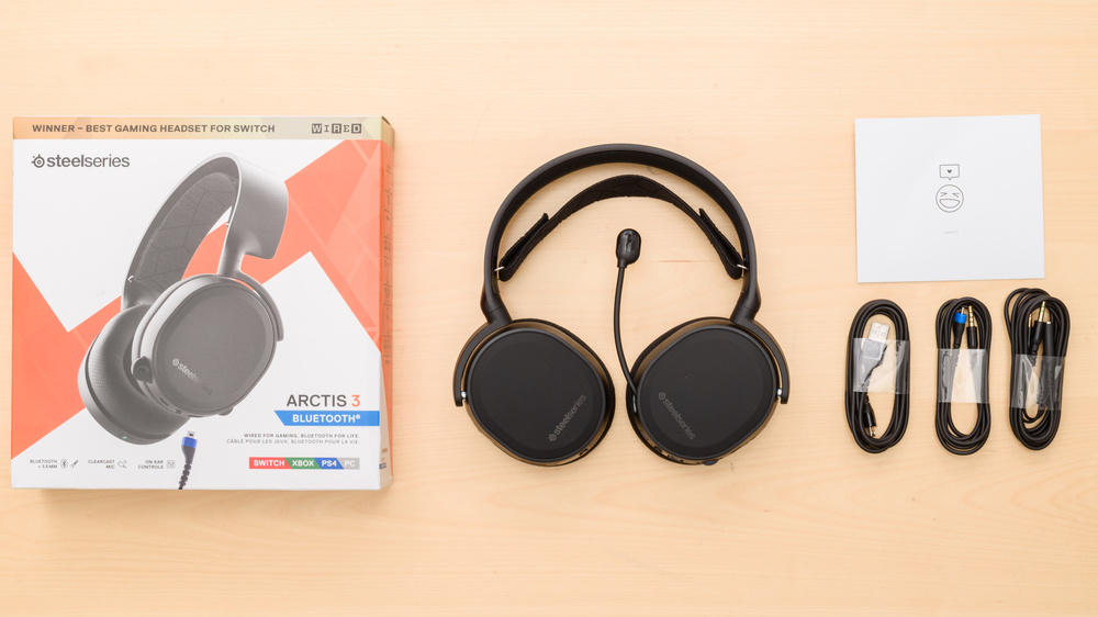 SteelSeries Arctis 3 2019 Edition Wireless In the box Picture