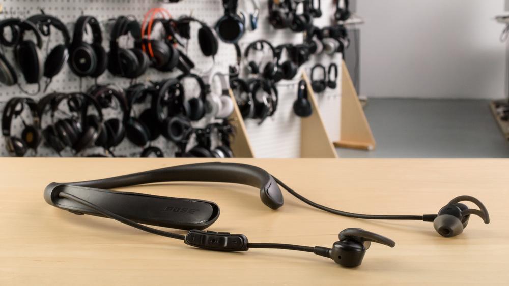 Bose QuietControl 30 Design Picture