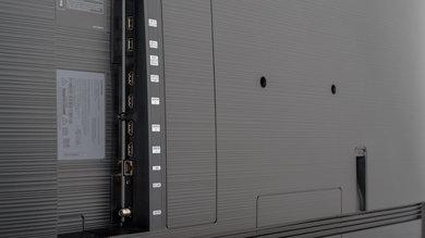Samsung RU8000 Side Inputs Picture