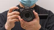 Panasonic LUMIX FZ1000 II Hand Grip Picture