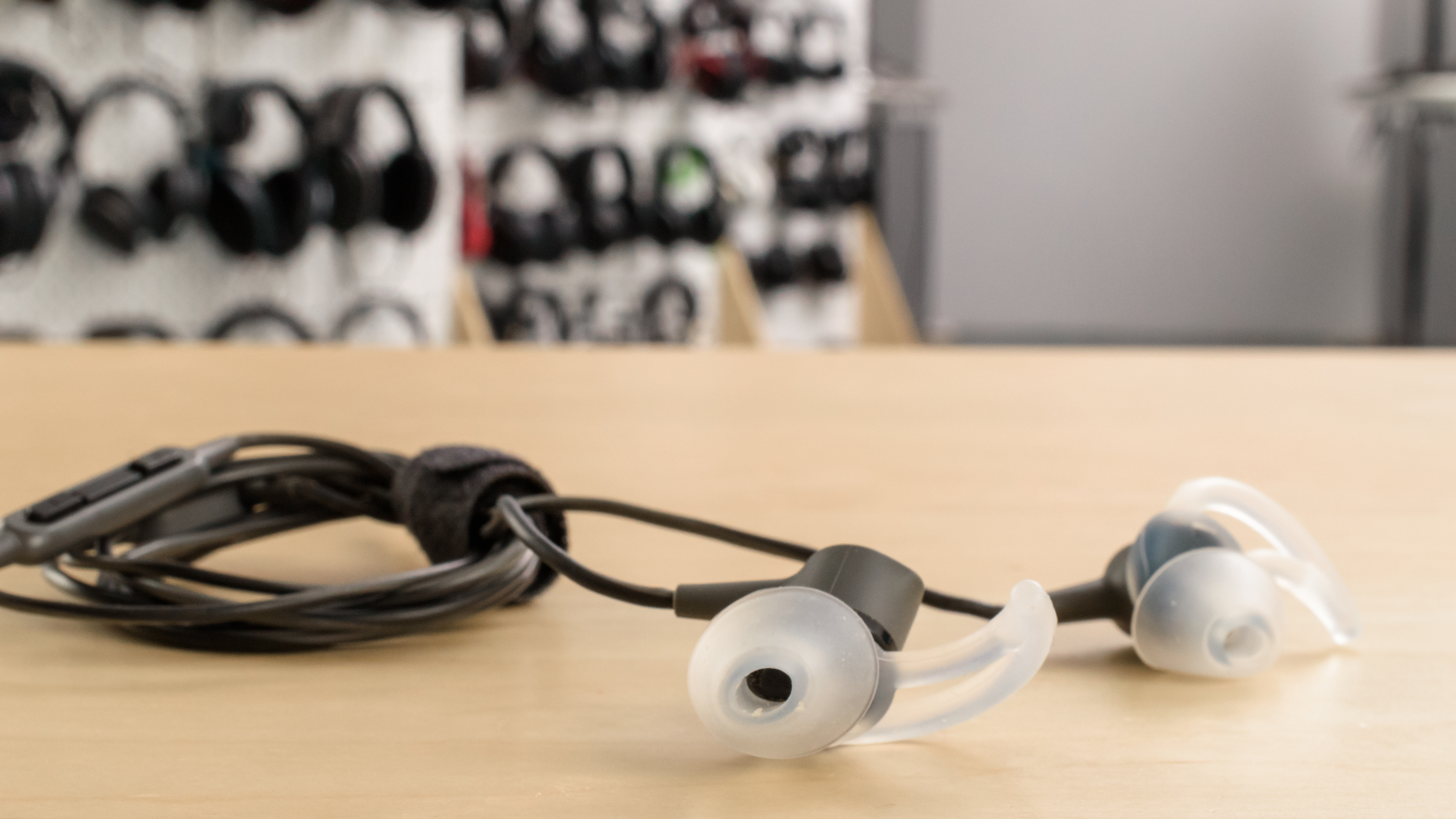 Shure SE215 Headphones Overview 9