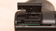 Canon EOS M200 Card Slot Picture