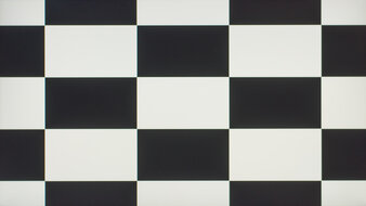 LG 27GN880-B Checkerboard Picture