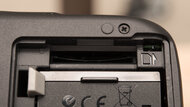 Canon EOS Rebel T100 / EOS 4000D Card Slot Picture