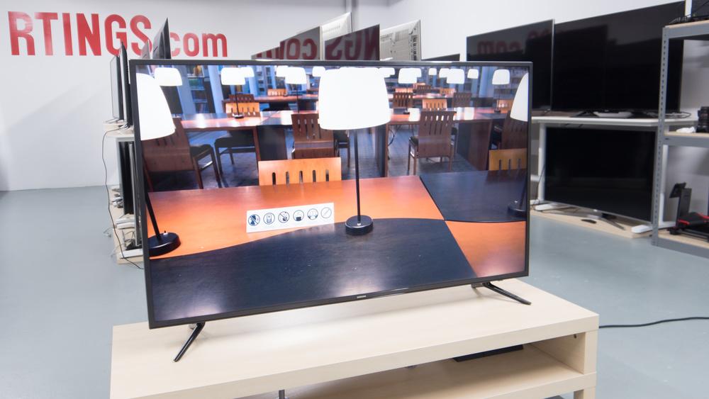 Samsung MU6100 Design Picture