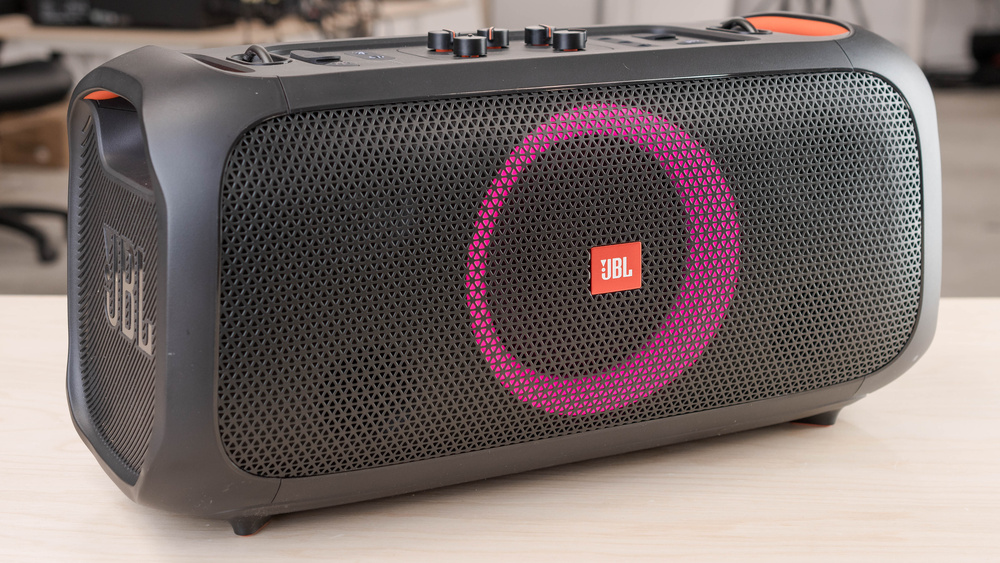 JBL PartyBox On-The-Go Picture