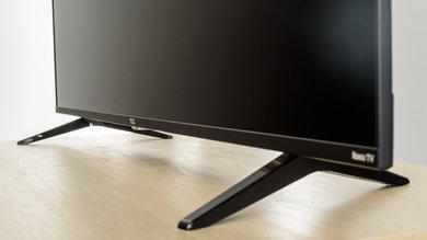 TCL S517 Stand Picture