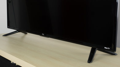 TCL FS3750 Stand Picture