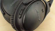 Bose QuietComfort 35/QC35 Wireless 2016 Controls Picture