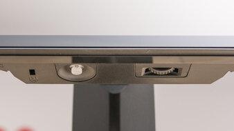 LG 27GP950-B Controls Picture