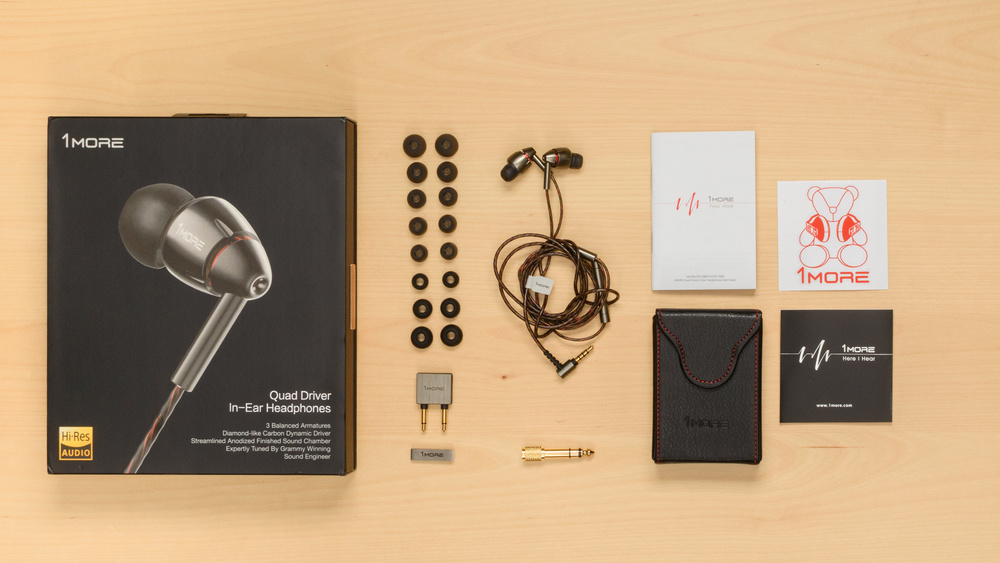1More Quad Driver In-Ear In the box Picture