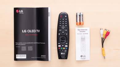 LG E8 OLED In The Box Picture