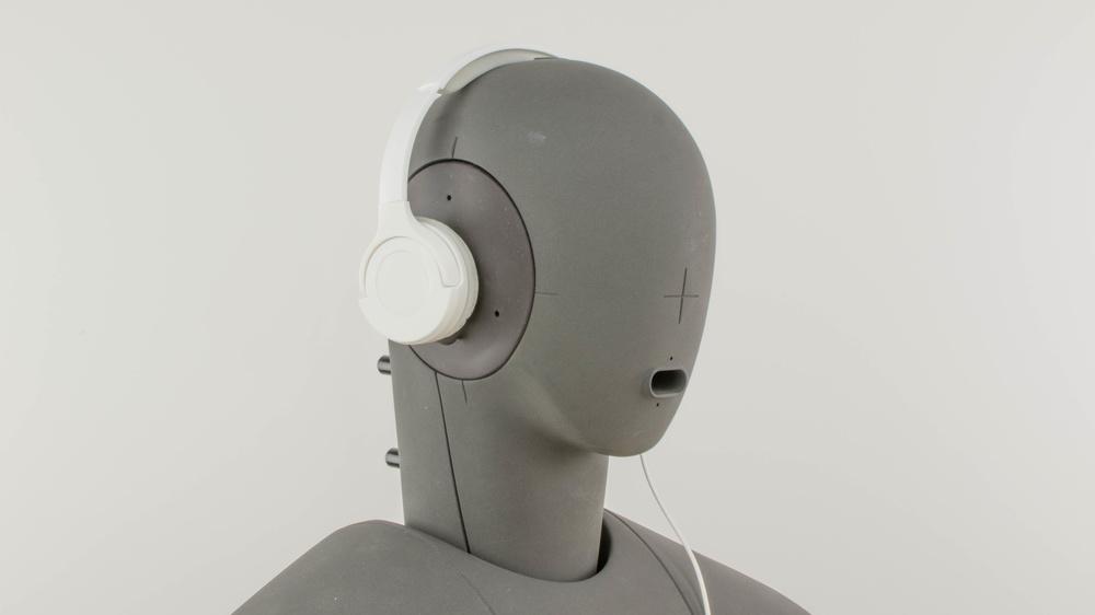 AmazonBasics Lightweight On Ear Design Picture