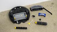 iRobot Roomba 692 Maintenance Picture