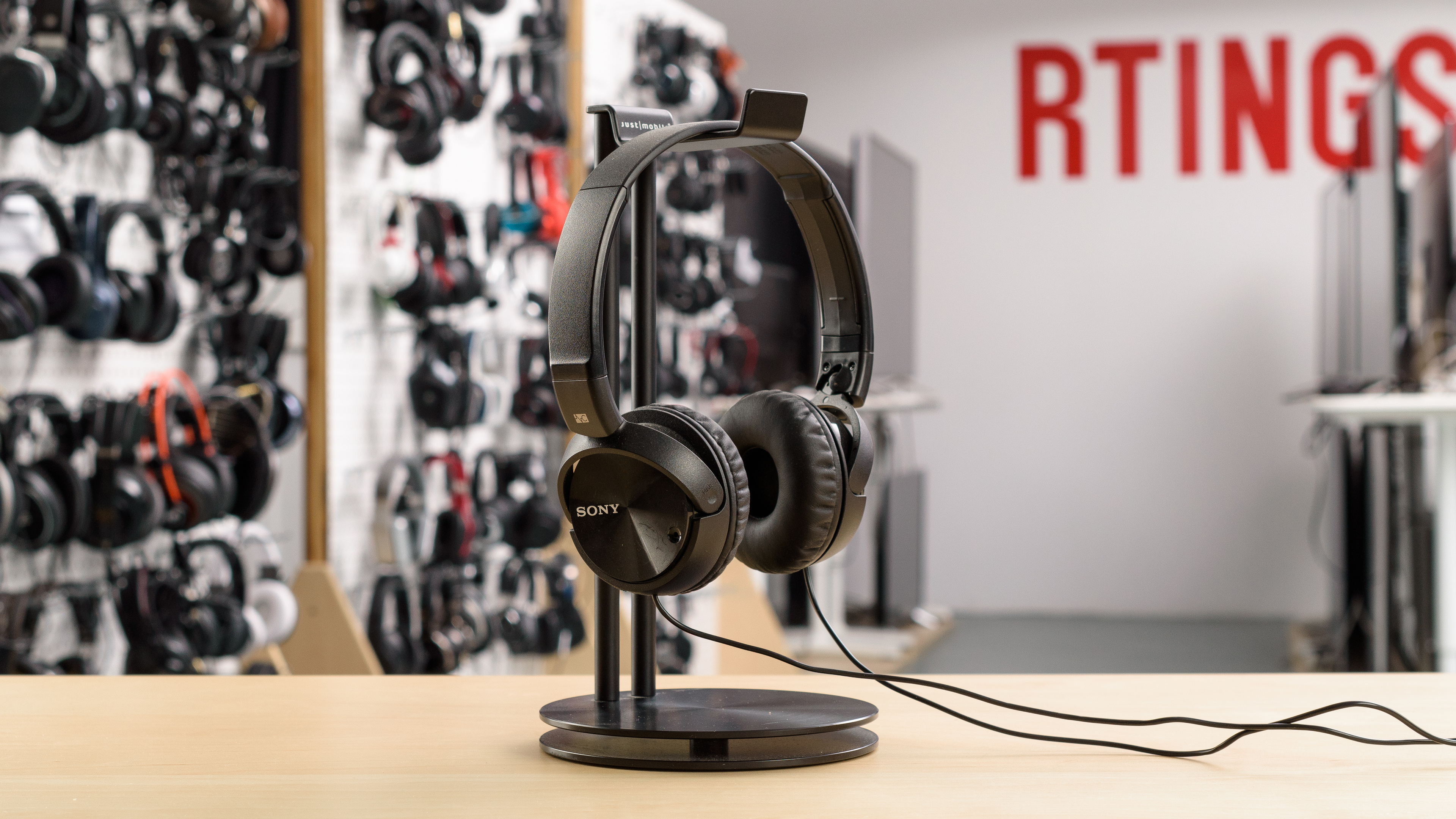 Sony Mdr Zx110nc Review Rtingscom