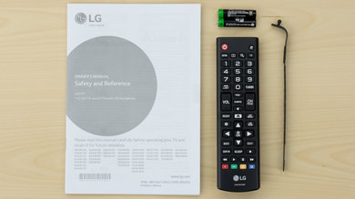 LG UH6100 In The Box Picture
