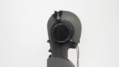 Audeze LCD 2 Classic/LC2C Side Picture