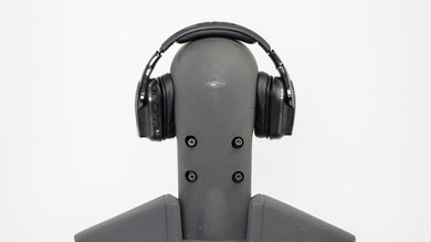 Logitech G935 Wireless Gaming Headset Rear Picture