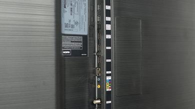 Samsung MU7600 Side Inputs Picture