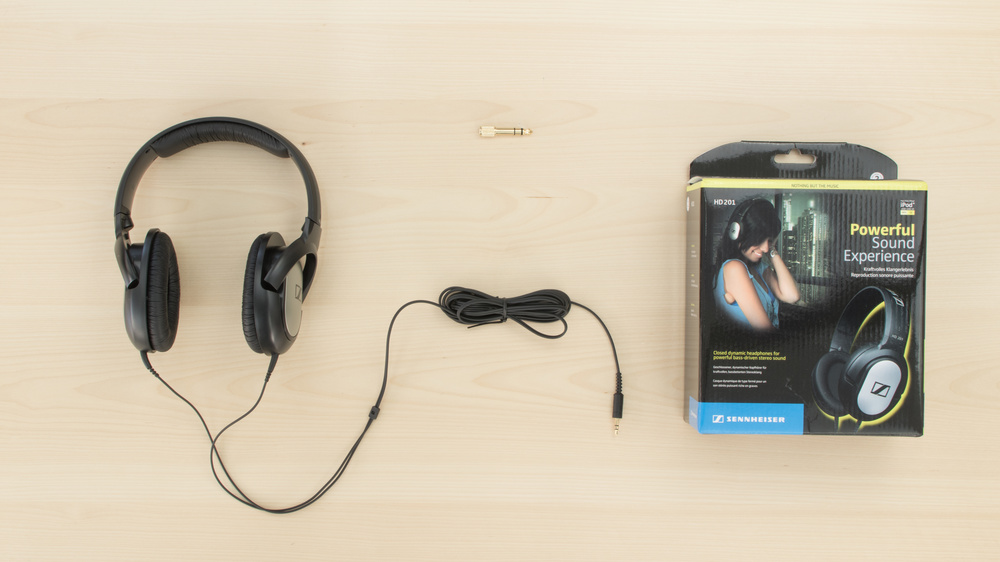 Sennheiser HD 201 In the box Picture