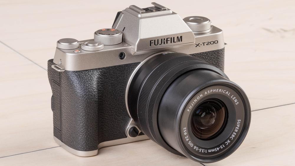 Fujifilm X-T200 Picture