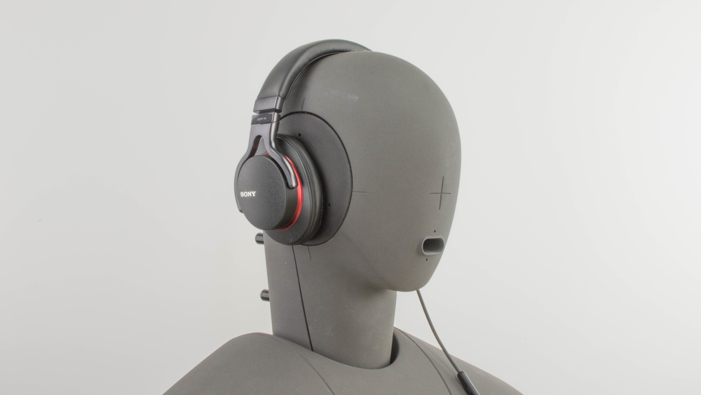 Sony MDR-1A Design Picture
