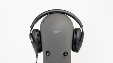 Sony MDR-7520 Stability Picture