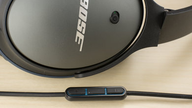 Bose QuietComfort 25 Controls Picture