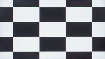 Gigabyte M32Q Checkerboard Picture